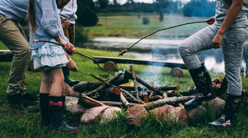 Happy kids equal a fun camping trip. Here are a few ideas to keep your children amused in the great outdoors.